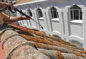 Demoussage de toiture Les Riceys